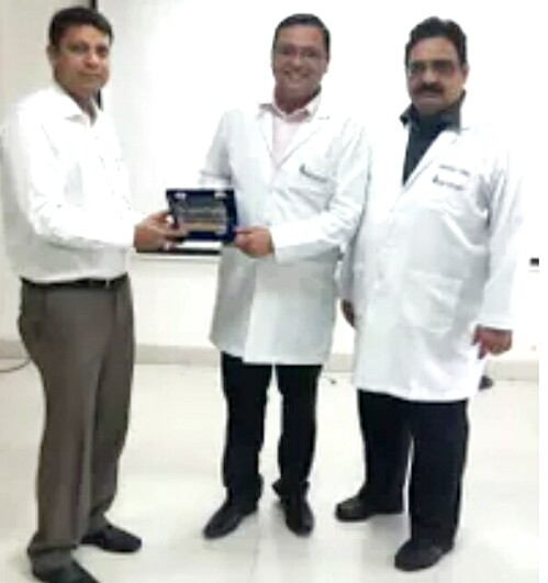 Best Orthopaedic Bone Doctor in East Delhi